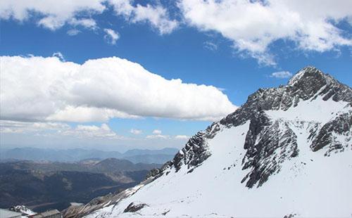 6月份玉龙雪山还有雪吗 6月份适合去玉龙雪山吗