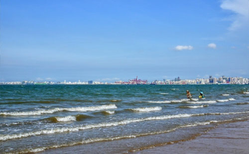 假日海滩游玩攻略 景区介绍